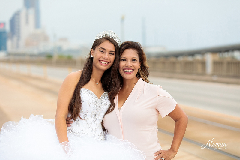 quince-portraits-teen-white-dress-dallas-skyline-arts-district-aleman-photos013