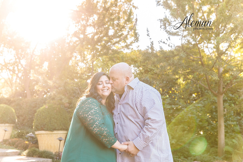 Dallas-arboretum-real-engagement-aleman-photos-natural-light011