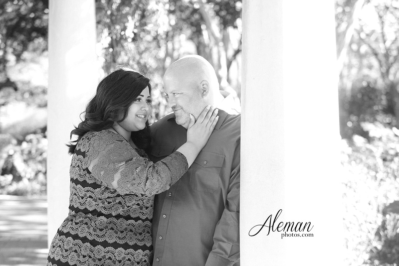 Dallas-arboretum-real-engagement-aleman-photos-natural-light002