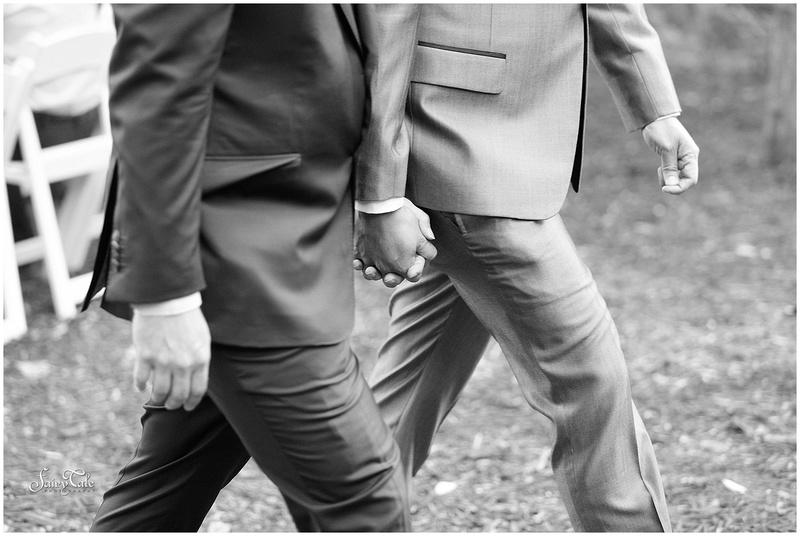 dallas-gay-wedding-chandler-gardens-texas-mckinney-outdoor-robbie-marlene-aleman038