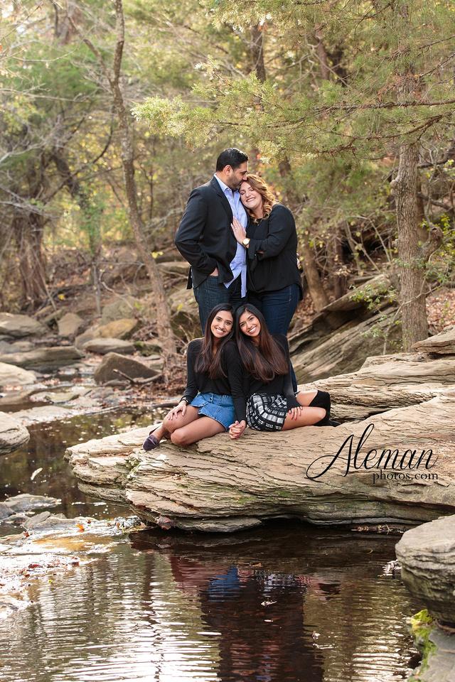 stone-creek-park-dallas-family-photographer-fall-christmas-robin-aleman-photos 006