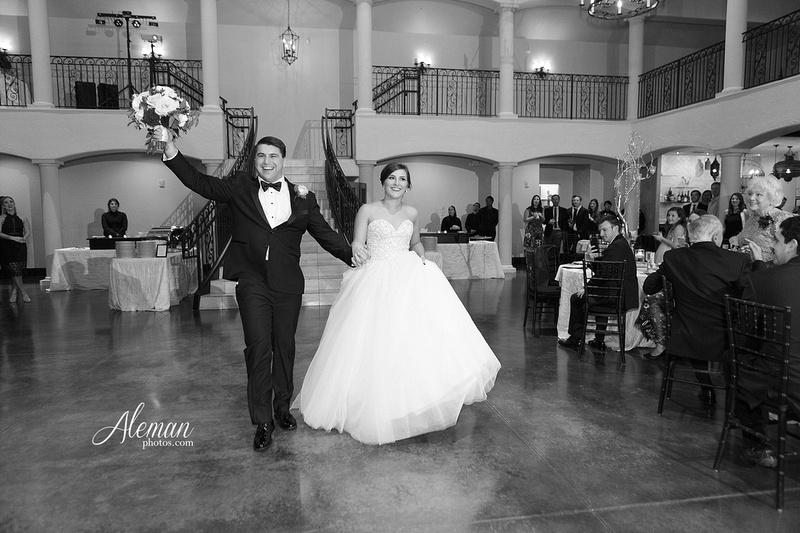 chapel-ana-villa-wedding-aleman-photos-lyssa-zack-045
