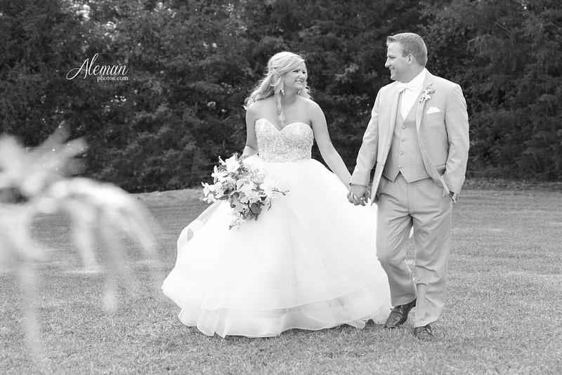 springs-event-wedding-mckinney-outdoor-dallas-dfw-aleman-photos-kelsey039