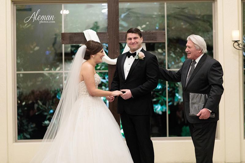 chapel-ana-villa-wedding-aleman-photos-lyssa-zack-037