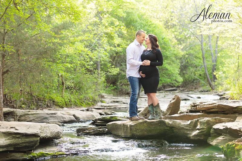 dallas-maternity-photographer-flower-mound-stone-creek-park-aleman-photos-001