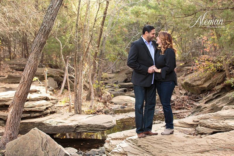stone-creek-park-dallas-family-photographer-fall-christmas-robin-aleman-photos 004