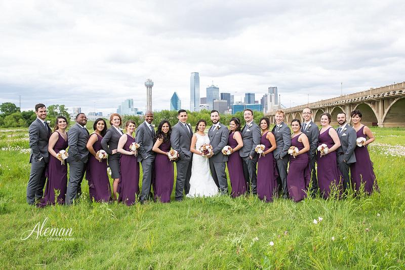 engagement-dallas-downtown-wedding-skyline-wedding-photographer-aleman-photos-dallas-miranda-alex008